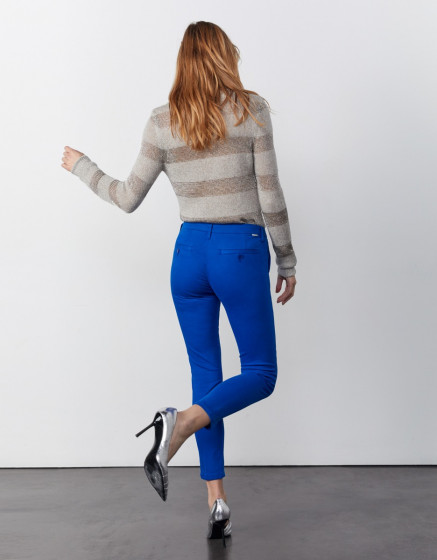 Sandy cropped - COBALT BLUE